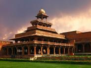 ఫతేపూర్ సిక్రీ - అక్బర్ కట్టించిన సుందర నగరం !