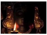 హారతి సమయంలో కళ్ళు తెరిచే దేవుడు - నేరుకుండ్రం కరివరదరాజ పెరుమాళ్
