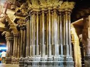 సంగీత స్వరాలూ పలికే అద్భుత ఆలయాలు