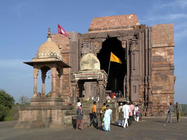 అద్భుతాల భోజేశ్వర్ ఆలయం !