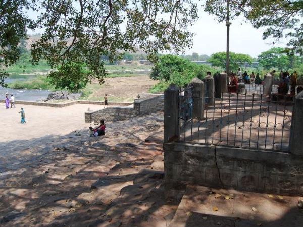 Visit the Nimishamba Temple in Srirangapatna