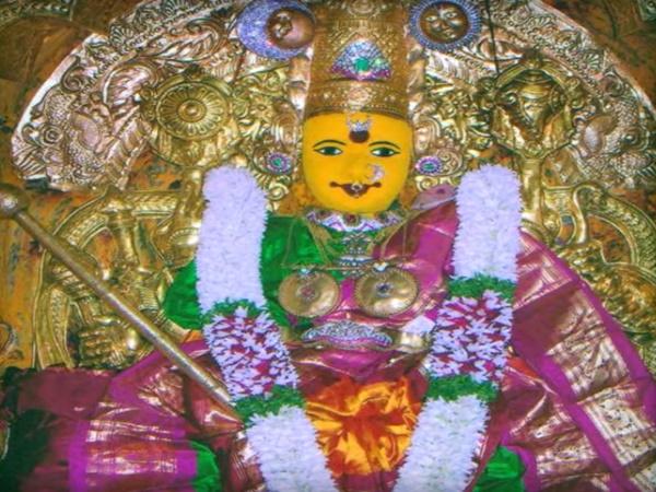 బెజవాడ కనకదుర్గమ్మతల్లి ఆలయ రహస్యం !