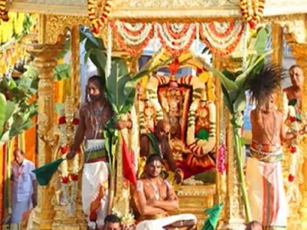 భారతదేశంలోని 10 దేవాలయాలలోని విభిన్న రకాల ఆచారాలు