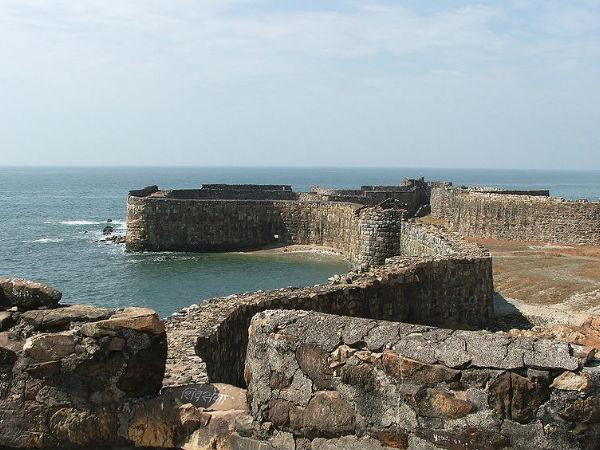 Sindhudurg fort in Maharashtra- A place for History, Tourism and Sightseeing,