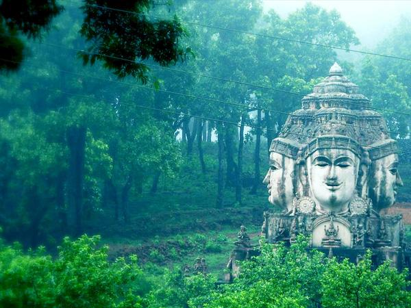 10 Best Places To Visit In Madhya Pradesh In 2020 and How To Reach, Thing To Do