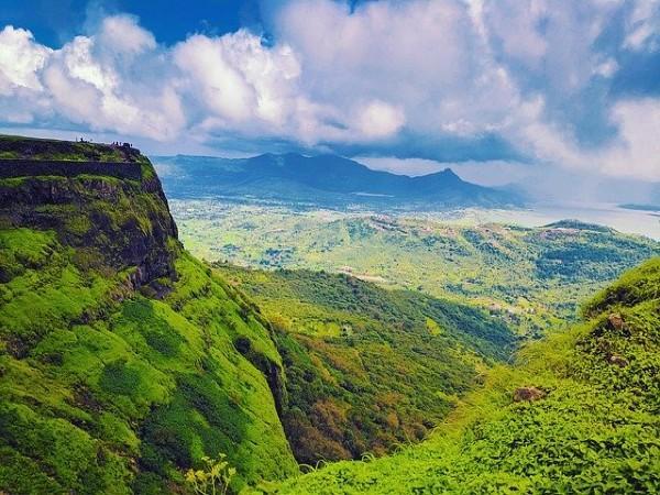 మే నెలలో సందర్శించడానికి దక్షిణ భారతదేశంలోని 14 ఉత్తమ ప్రదేశాలు