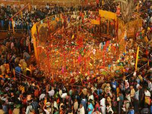 Worlds Largest Tribal Festival Sammakka Sarakka In Telangana