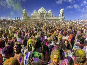 Places To Celebrate Holi Festival In India
