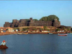 Places To Visit In Vijaydurg In Maharashtra