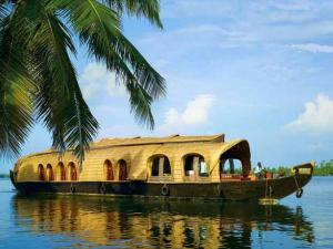 Romantic Honeymoon Places South India