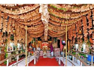 Devotees Get Gold Prasad At Mahalakshmi Temple Ratlam