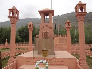 Explore The War Travel Zones India