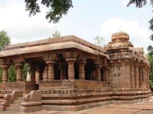 Best Places Visit Pattadakal