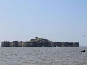 The Story About Murud Janjira Fort Raigad District Maharasht