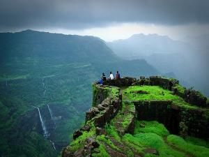 Finest Places Visit Lonavala Monsoon