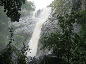 Top 5 Alluring Waterfall Kerala Visit August