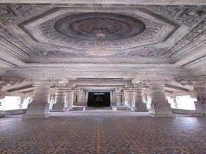 Saavira Kambada Basadi Moodabidri History Timings How Reach
