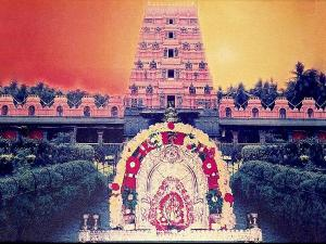 మల్లం దుర్గాపరమేశ్వరి ఆలయం