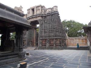 Bugga Ramalingeswara Swamy Temple Tadipatri History Attraction