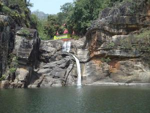 Devkund Waterfalls Maharashtra Attractions How Reach
