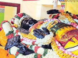 Athi Varadar Temple In Kanchipuram History Timings Travel Guide How Reach