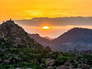 Breathtaking Sunset Destinations Karnataka