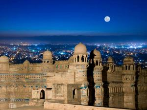 Best Places To Visit In Madhya Pradesh In 2020