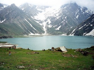Top Pahalgam Attractions 000409 Pg