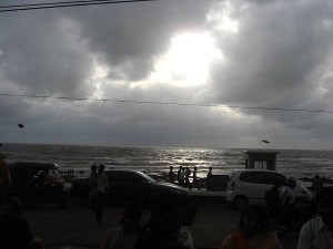 Mumbai Monsoon Experience 000413 Pg