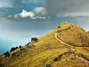 Ponmudi The Magical Golden Peak 000432 Pg