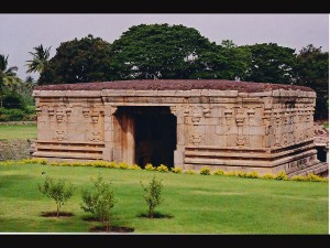 Did You Know About The Underground Shiva Temple Hampi