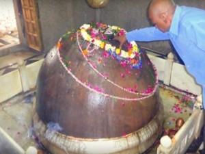 Tilbhandeshwar Mahadev Mandir Varanasi