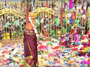 Asia S Biggest Tribal Festival Medaram Sammakka Saralamma