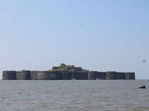 The Story About Murud Janjira Fort Raigad District Maharasht