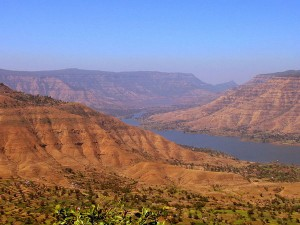 Travel Guide To Panchgani Attractions Timings Things To Do How Reach