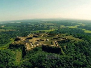Manjarabad Fort In Sakleshpur Travel Guide Attractions Tim