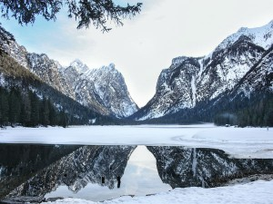 Frozen Lakes In India