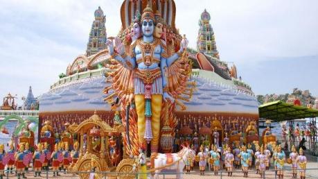 కోటి దేవతలు కొలువై ఉన్న సురేంద్రపురి చూడటం పూర్వ జన్మ సుకృతం
