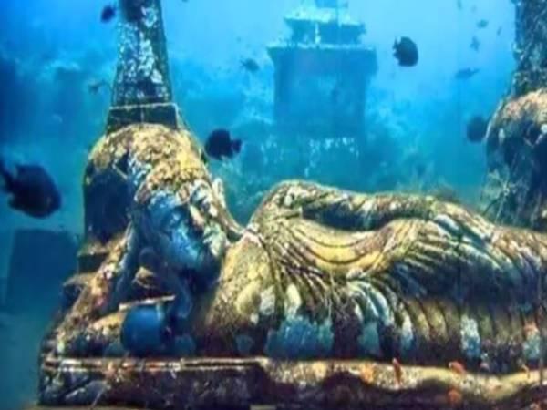 5000 Years Hindu Temple Underwater