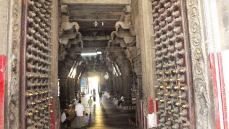 చిదంబర ఆలయంలో జరిగే 3 వింతలు...! మీకు తెలుసా...?
